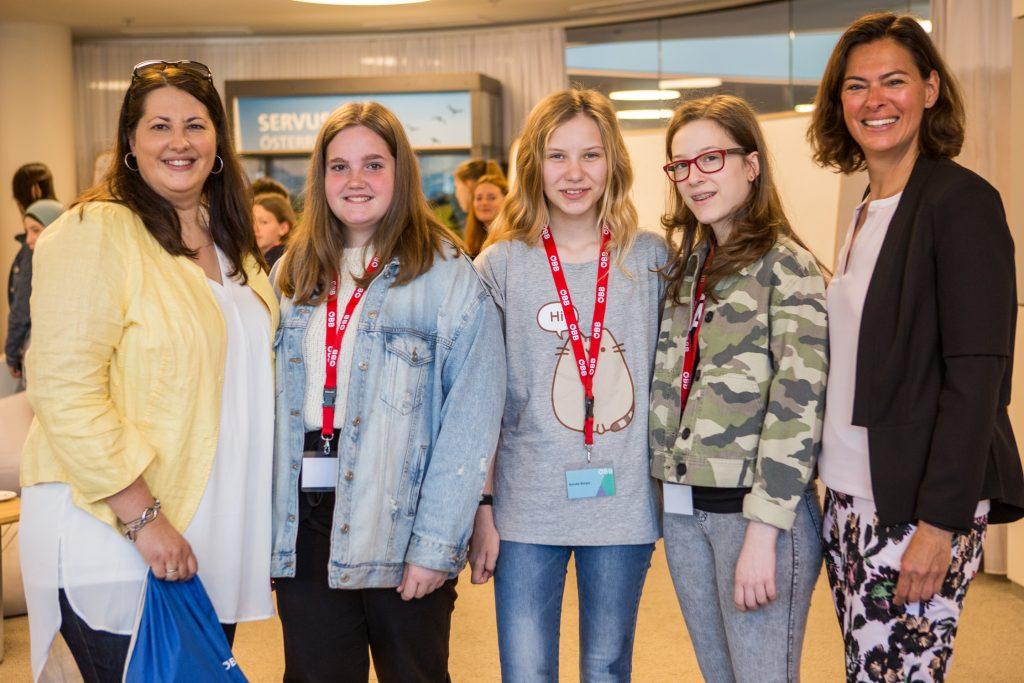 Töchtertag 2019 mit Frauen- und Wohnbaustadträtin Kathrin Gaál bei den ÖBB © Astrid Knie